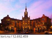 Купить «Hospital de la Santa Creu i Sant Pau in evening», фото № 12692459, снято 3 марта 2015 г. (c) Яков Филимонов / Фотобанк Лори