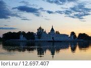 Купить «Ипатьевский монастырь в Костроме на закате», фото № 12697407, снято 16 августа 2014 г. (c) ElenArt / Фотобанк Лори