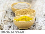 Купить «spices - cardamon, cinnamon, curry», фото № 12706623, снято 19 июня 2019 г. (c) PantherMedia / Фотобанк Лори