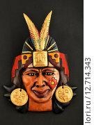 Керамическая маска индейцев Майя с пером. Стоковое фото, фотограф Anton Eine / Фотобанк Лори