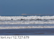 Купить «Океанские волны», эксклюзивное фото № 12727679, снято 6 января 2014 г. (c) Svet / Фотобанк Лори