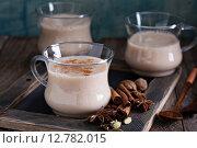 Купить «Теплый чай Масала с пряностями», фото № 12782015, снято 24 сентября 2015 г. (c) Елена Веселова / Фотобанк Лори