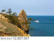 Байкал, побережье Ольхона вблизи деревни Хужир (2015 год). Стоковое фото, фотограф Борис Ветшев / Фотобанк Лори