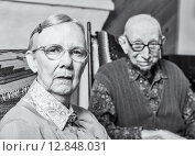 Купить «Grumpy Old Woman and Man», фото № 12848031, снято 5 сентября 2019 г. (c) PantherMedia / Фотобанк Лори