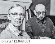 Купить «Grumpy Old Woman and Man», фото № 12848031, снято 7 января 2020 г. (c) PantherMedia / Фотобанк Лори