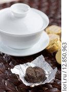 Купить «Pu-erh tea», фото № 12850963, снято 13 сентября 2015 г. (c) Stockphoto / Фотобанк Лори
