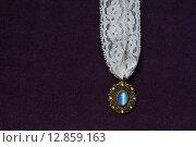 Купить «Ожерелье в лунным камнем и кружевом», фото № 12859163, снято 11 октября 2015 г. (c) Шахова Татьяна / Фотобанк Лори