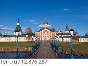 Купить «Валдай, Иверский монастырь», фото № 12876287, снято 30 апреля 2015 г. (c) Донцов Евгений Викторович / Фотобанк Лори