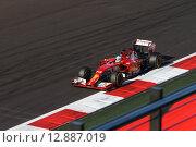 Фернандо Алонсо на трассе Формулы 1 в Сочи (2014 год). Редакционное фото, фотограф Свистунов Павел / Фотобанк Лори