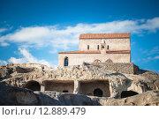 Купить «Ancient Orthodox Church in antique cave city Uplistsikhe, Georgia», фото № 12889479, снято 18 августа 2019 г. (c) PantherMedia / Фотобанк Лори