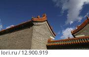 Традиционное украшение крыши буддийского храма, Пекин, Китай (2015 год). Стоковое видео, видеограф Владимир Журавлев / Фотобанк Лори