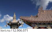 Купить «Большая пагода диких гусей в южной части Сиань, провинции Шэньси, Китай», видеоролик № 12906071, снято 18 октября 2015 г. (c) Владимир Журавлев / Фотобанк Лори