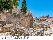Купить «Средневековый город Родос. Греция», фото № 12959319, снято 4 июля 2015 г. (c) Andrei Nekrassov / Фотобанк Лори
