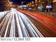 Автомобильные огни от дорожного движение по ул. Сущёвский вал (2014 год). Редакционное фото, фотограф Алексей Ильченко / Фотобанк Лори