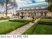 Летний дворец королевы Анны. Прага, Чешская Республика (2014 год). Редакционное фото, фотограф g.bruev / Фотобанк Лори