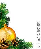 Купить «Новогодняя (рождественская) композиция с золотистым шаром, еловыми шишками и ветками на белом фоне», эксклюзивная иллюстрация № 12997451 (c) Александр Павлов / Фотобанк Лори