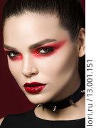 Купить «Портрет молодой женщины с макияжем на праздник Хэллоуин», фото № 13001151, снято 22 июля 2015 г. (c) Людмила Дутко / Фотобанк Лори