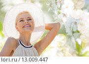 Купить «beautiful woman enjoying summer outdoors», фото № 13009447, снято 19 июня 2013 г. (c) Syda Productions / Фотобанк Лори