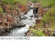 Купить «Скальный каньон Бучарамы, плато Путорана», фото № 13036423, снято 29 июля 2011 г. (c) Сергей Дрозд / Фотобанк Лори