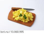 Купить «Raw diced potatoes», фото № 13060995, снято 19 марта 2019 г. (c) PantherMedia / Фотобанк Лори