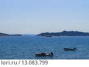 Лодки в море. Греция (2015 год). Стоковое фото, фотограф Dmitrii Shafranskii / Фотобанк Лори
