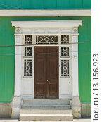 Doorway of a house. Стоковое фото, фотограф Keith Levit / Ingram Publishing / Фотобанк Лори