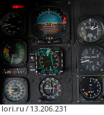 Sikorsky helicopter cockpit instrument panel (2014 год). Редакционное фото, фотограф Keith Levit / Ingram Publishing / Фотобанк Лори