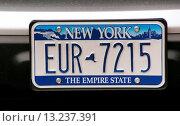 Купить «USA, New York, Car plate», фото № 13237391, снято 16 июля 2019 г. (c) age Fotostock / Фотобанк Лори