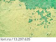 Купить «Стена со старой потрескавшейся краской», фото № 13297635, снято 18 октября 2018 г. (c) Зезелина Марина / Фотобанк Лори