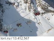 Подъемники на горнолыжном курорте в Красной Поляне, Сочи (2015 год). Стоковое фото, фотограф Nina Zotina / Фотобанк Лори