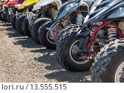 Купить «Quads or ATVs lined up, Winchester Bay, Oregon», фото № 13555515, снято 30 марта 2020 г. (c) age Fotostock / Фотобанк Лори