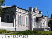 Купить «Православная гимназия в городе Ялуторовск», эксклюзивное фото № 13677963, снято 25 мая 2015 г. (c) Анатолий Матвейчук / Фотобанк Лори