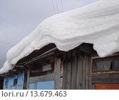 Снег на крыше. Стоковое фото, фотограф Русских Наталья / Фотобанк Лори