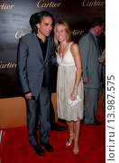 Купить «Sheryl Crow & Mitch Glazer - Beverly Hills/California/United States - CARTIER CELEBRATES 25 YEARS IN BEVERLY HILLS», фото № 13987575, снято 9 мая 2005 г. (c) age Fotostock / Фотобанк Лори