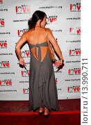 Constance Zimmer - Hollywood/California/United States - 4TH ANNUAL MUCH LOVE ANIMAL RESCUE CELEBRITY COMEDY BENEFIT (2005 год). Редакционное фото, фотограф visual/pictureperfect / age Fotostock / Фотобанк Лори