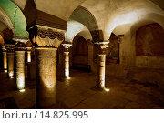 Купить «CRYPT OF NOTRE DAME CATHEDRAL IN BAYEUX - CALVADOS - NORMANDY - FRANCE», фото № 14825995, снято 1 ноября 2004 г. (c) age Fotostock / Фотобанк Лори