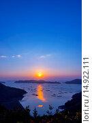 Купить «Sunrise, Mushiakiwan, Bizen, Okayama, Japan», фото № 14922111, снято 23 октября 2018 г. (c) age Fotostock / Фотобанк Лори