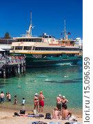Купить «Australia, New South Wales, NSW, Sydney, Manly, Manly Cove Wharf and harbor ferriy.», фото № 15096959, снято 9 февраля 2014 г. (c) age Fotostock / Фотобанк Лори