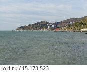 Купить «Побережье Сочи, вид с моря, мыс Видный, Хоста», фото № 15173523, снято 21 ноября 2015 г. (c) DiS / Фотобанк Лори