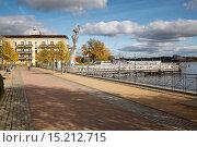 Купить «Ruppiner See and Ufer Promenade, Neuruppin, Brande», фото № 15212715, снято 20 октября 2019 г. (c) age Fotostock / Фотобанк Лори