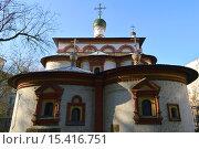 Купить «Церковь Трёх Святителей Великих, что на Кулишках. Малый Трёхсвятительский переулок, 4/6. Москва», эксклюзивное фото № 15416751, снято 7 ноября 2015 г. (c) lana1501 / Фотобанк Лори