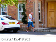 Купить «Wolverhampton Wanderes midfielder, Jamie O'Hara, cuts a lonely figure as he arrives at his home amid reports he and his wife Danielle Lloyd are experiencing...», фото № 15418903, снято 28 июля 2014 г. (c) age Fotostock / Фотобанк Лори