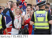 Купить «Pro Union and Scottish Independent supporters clash with each other in St.George's Square after the Scottish referendum yielded a no vote Featuring: Pro...», фото № 15493711, снято 19 сентября 2014 г. (c) age Fotostock / Фотобанк Лори