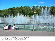 Купить «Светомузыкальный фонтан. Государственный музей-заповедник «Царицыно». Москва», эксклюзивное фото № 15580511, снято 4 июня 2009 г. (c) lana1501 / Фотобанк Лори