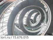 Купить «England, London, Southwark, City Hall, The Interior Spiral Staircase», фото № 15676015, снято 30 января 2015 г. (c) age Fotostock / Фотобанк Лори