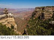 Купить «Scenic view of layered rocks along the South Rim, Grand Canyon National Park, Arizona.», фото № 15803095, снято 18 августа 2009 г. (c) age Fotostock / Фотобанк Лори