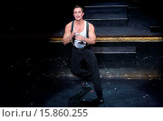 Купить «'Chicago' becomes the second longest Broadway show in history, at the Ambassador Theatre - Curtain Call. Featuring: R. Lowe Where: New York, New York,...», фото № 15860255, снято 23 ноября 2014 г. (c) age Fotostock / Фотобанк Лори