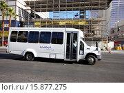 Купить «complimentary shuttle bus for a resort on the strip Las Vegas Nevada USA.», фото № 15877275, снято 7 декабря 2012 г. (c) age Fotostock / Фотобанк Лори