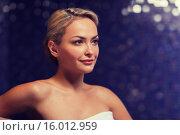 Купить «close up of young woman sitting in bath towel», фото № 16012959, снято 15 декабря 2014 г. (c) Syda Productions / Фотобанк Лори