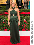 Купить «Celebrities attend 21st Annual SAG Awards - Red Carpet at Los Angeles Shrine Exposition Center. Featuring: Claire Danes Where: Los Angeles, California...», фото № 16086675, снято 22 января 2015 г. (c) age Fotostock / Фотобанк Лори